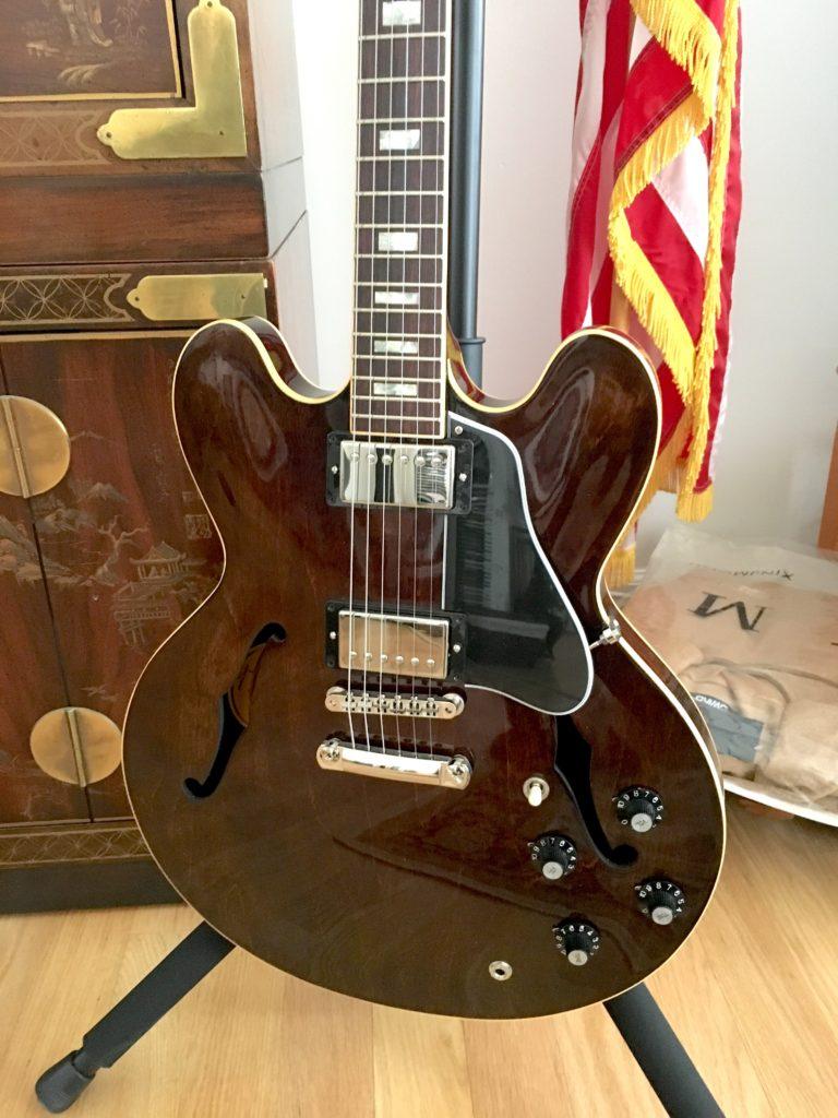 Gibson ES335 Walnut
